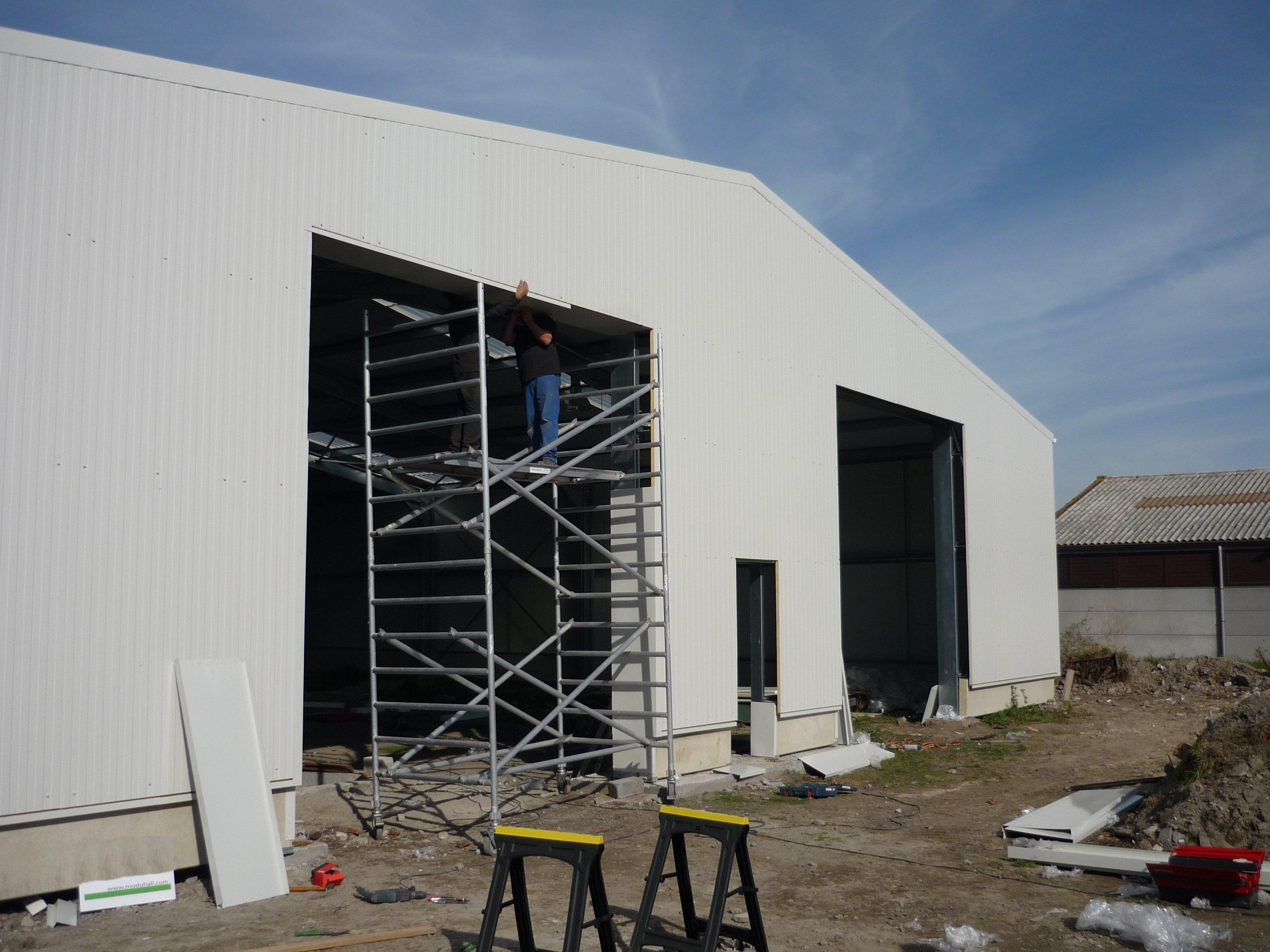 hangar camions 1